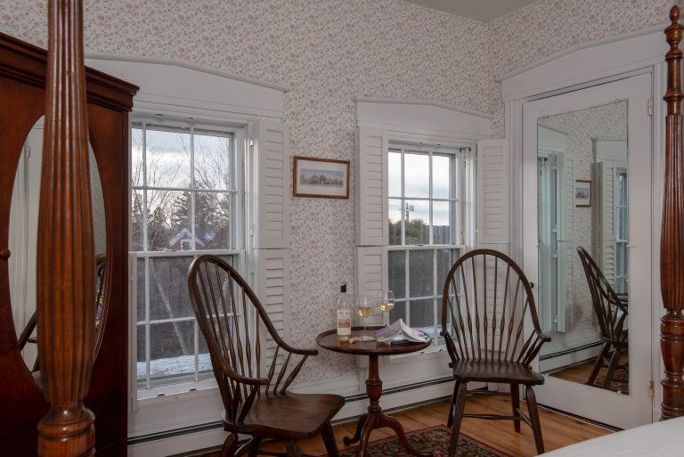 Main House Room Roscommon sitting area
